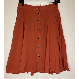 Line & Dot Skirt sz M
